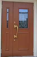 木目が美しく丈夫な アルミ製・特注玄関ドア